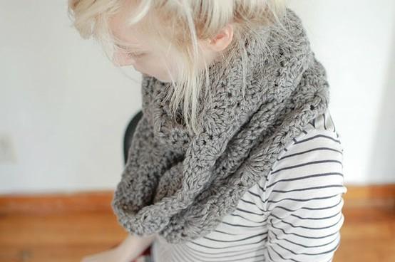 Bufandas tejidas con gancho modernas - Imagui